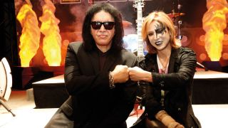 Yoshiki bros down with Gene Simmons, one of his inspirations