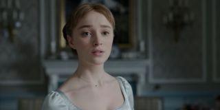 Phoebe Dynevor as Daphne Bridgerton in Bridgerton.