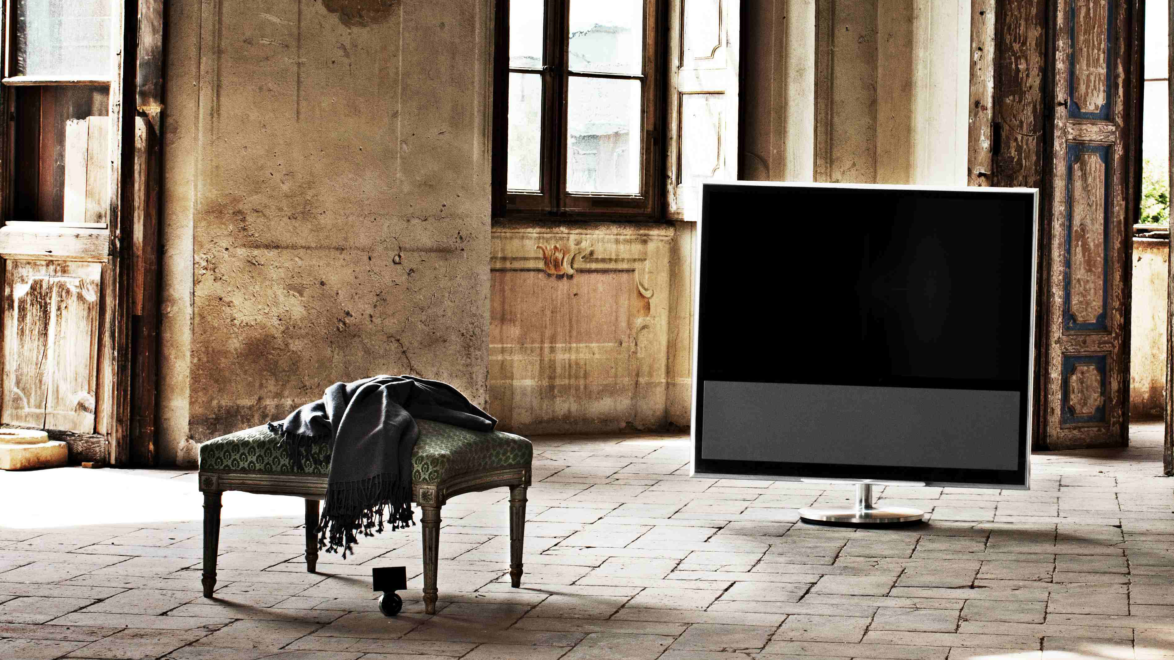 Bang And Olufsen Beovision 11 beovision 11 is b&o's first smart tv | techradar
