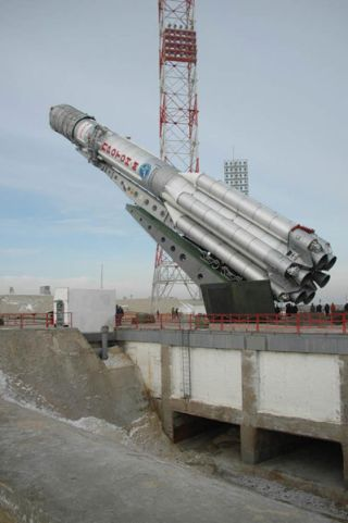 Proton Rocket Fails to Put Satellite in Proper Orbit