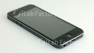 Images of fully assembled iPhone 5 leaked