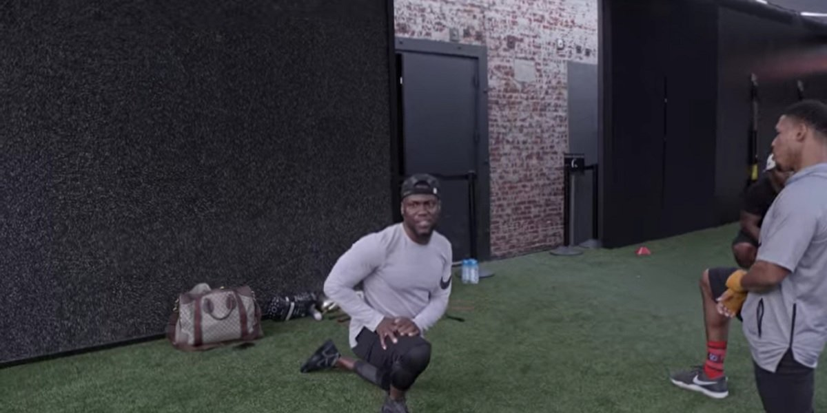 Kevin Hart working out with trainer Boss Everline