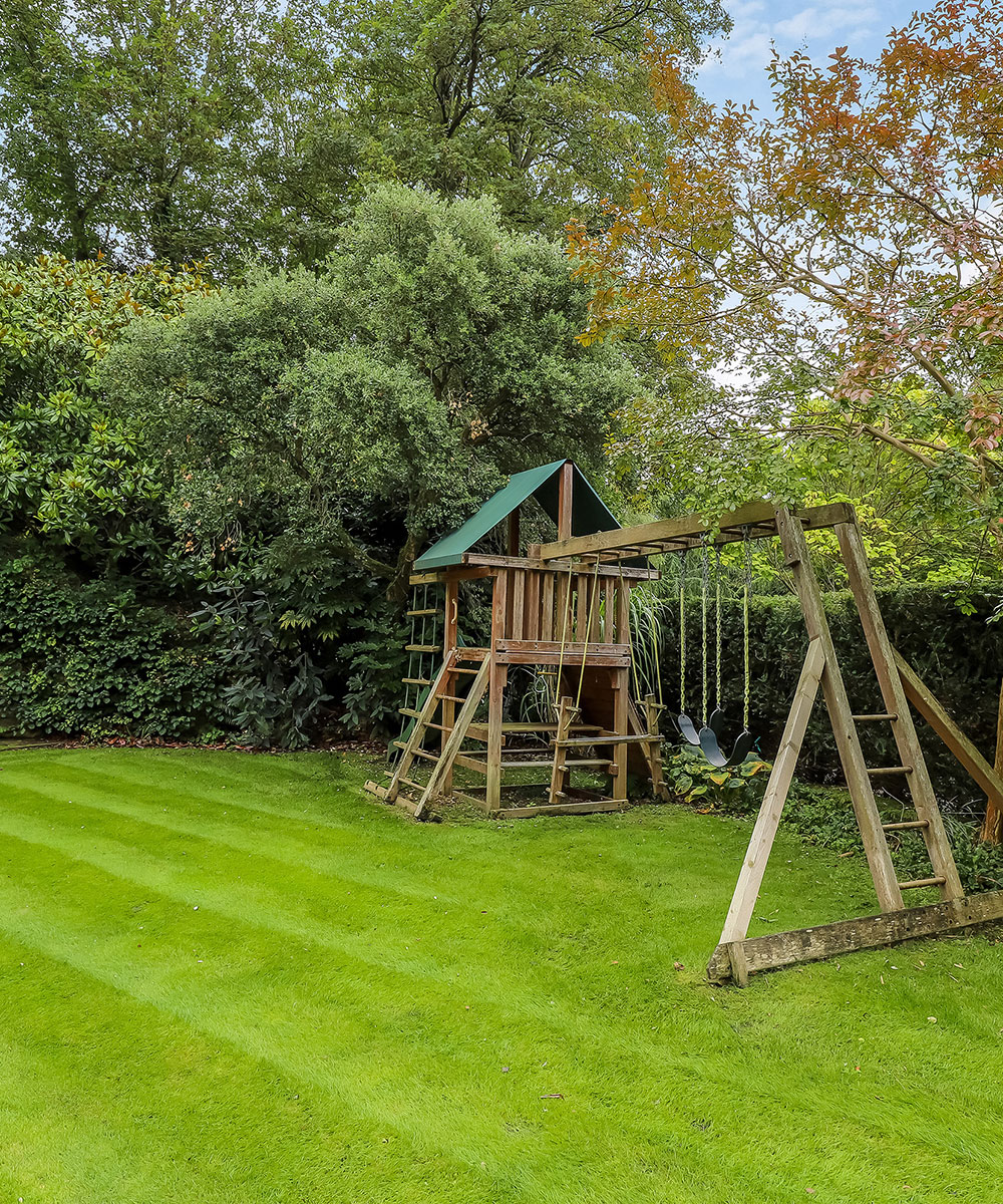 Exceptional detached house on the edge of Winchester for sale