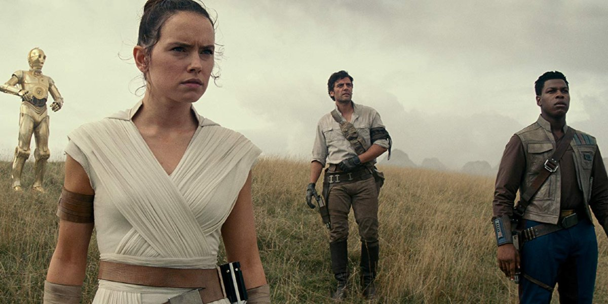 Star Wars: The Rise of Skywalker C-3PO, Rey, Poe, and Finn look out on a landscape