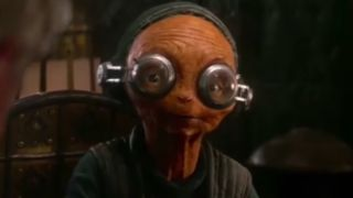 Maz Kanata with her goggles on