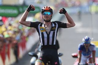 Steve Cummings wins MTN-Qhubeka's first Tour stage in 2015