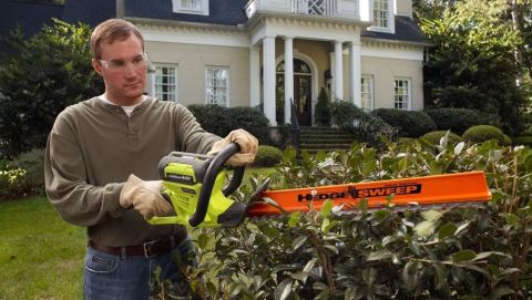 Ryobi RY40610A hedge trimmer review