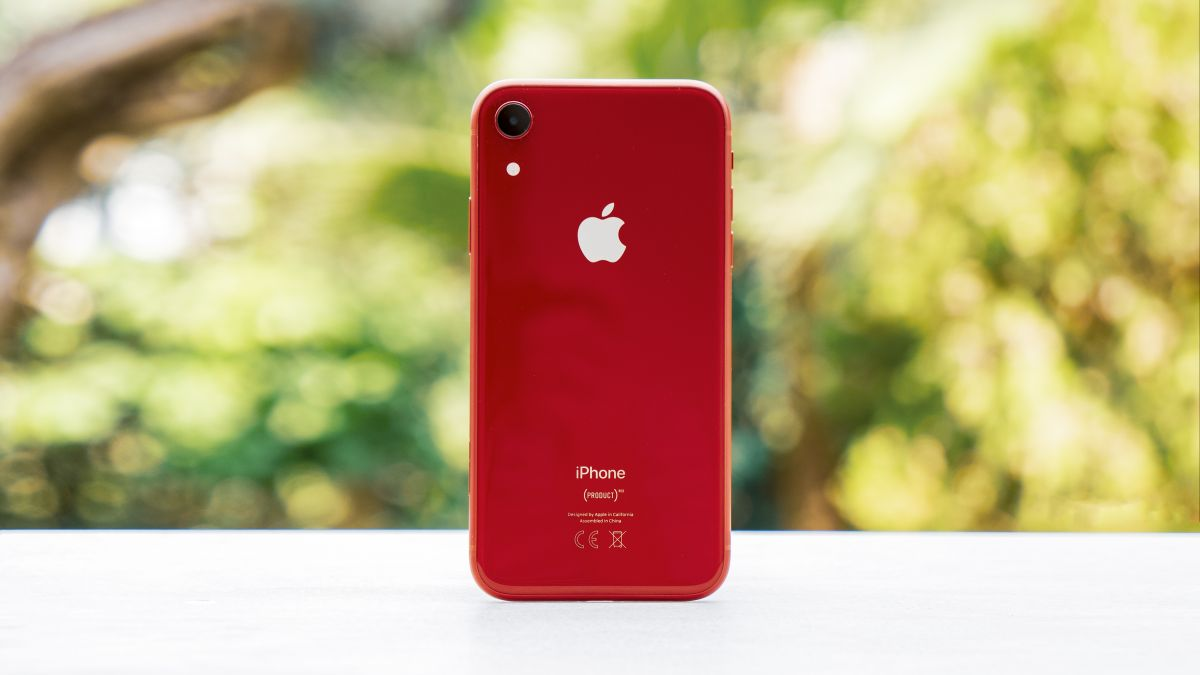 Why Go For The Iphone Se This Black Friday When The Iphone Xr Has Become So Cheap Techradar