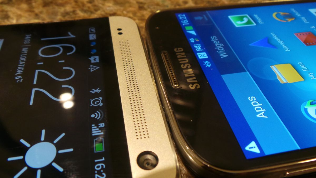 Super AMOLED vs Super LCD: top smartphone screens compared