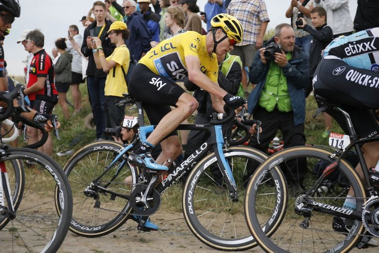 Chris Froome on stage four of the 2015 Tour de France (Sunada)