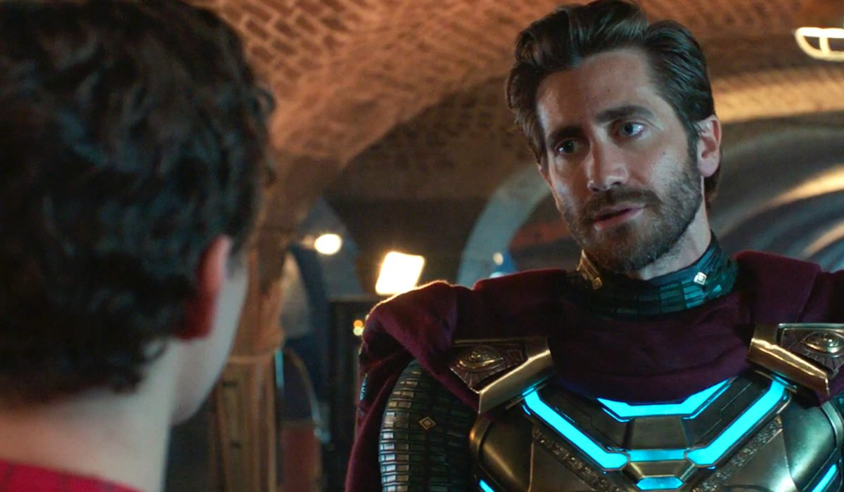 Jake Gyllenhaal has a heroic talk with Tom Holland in Spider-Man: Far From Home.