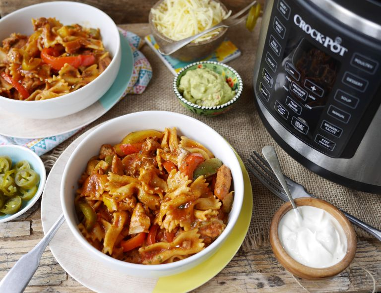 Slow cooker pasta bake