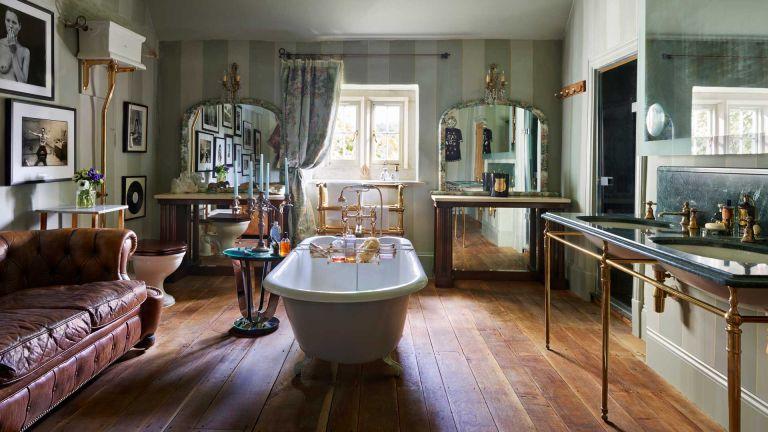 Kate Moss bathroom