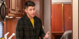 How Dash & Lily's Jonas Brothers Concert Scene Is Different From What Was Filmed