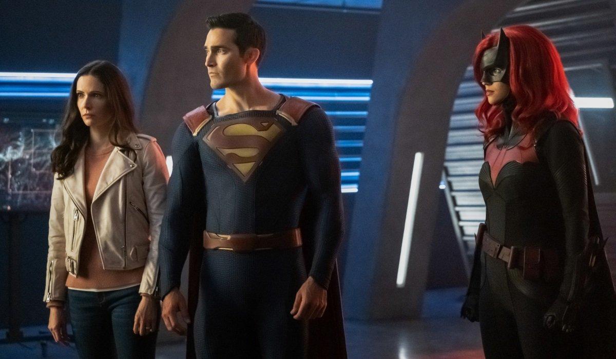 Lois Superman Batwoman