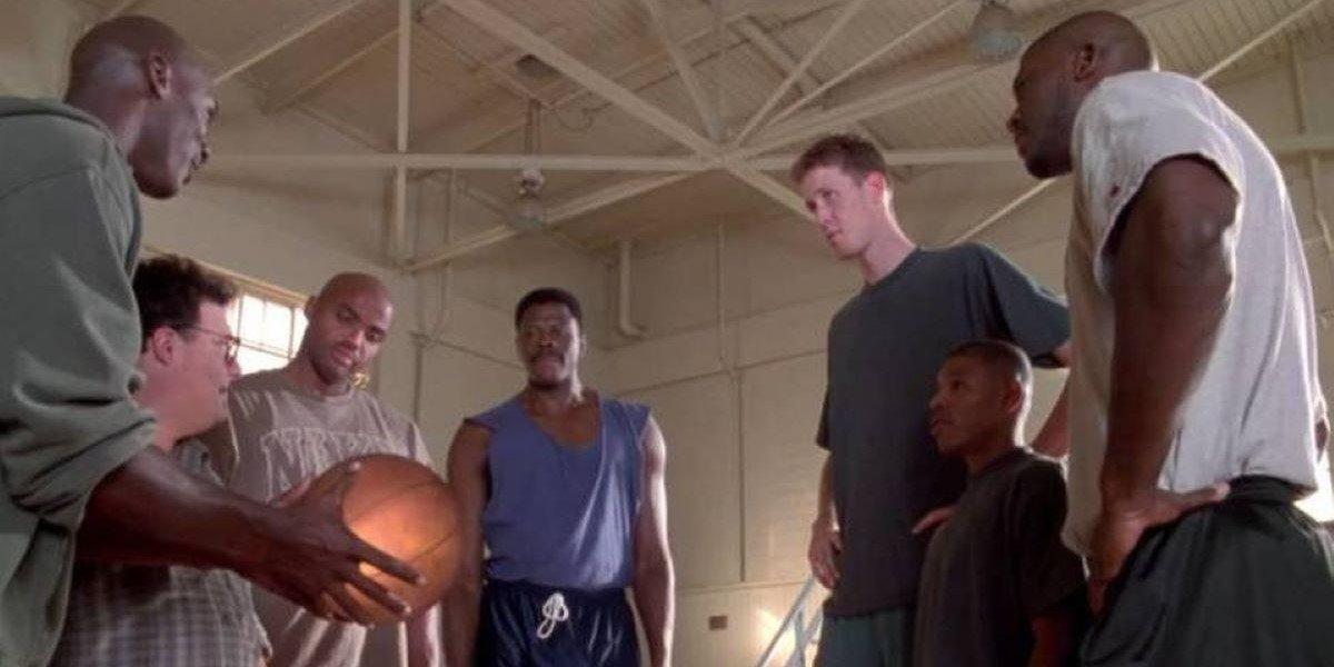 Michael Jordan, Charles Barkley, Patrick Ewing, Shawn Bradley, Muggsy Bogues and Larry Johnson in Space Jam