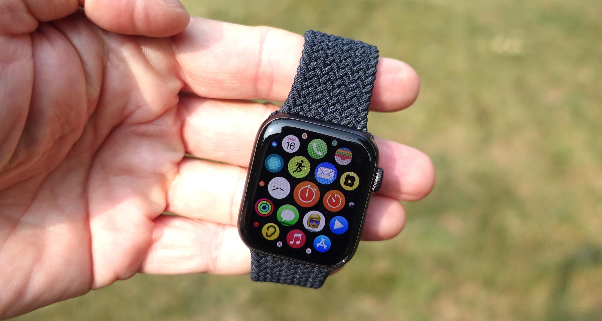 Best GPS tracker: Apple Watch SE