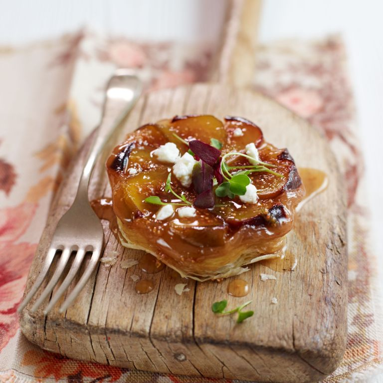 Photo of a fig and goats cheese tate tatin recipe