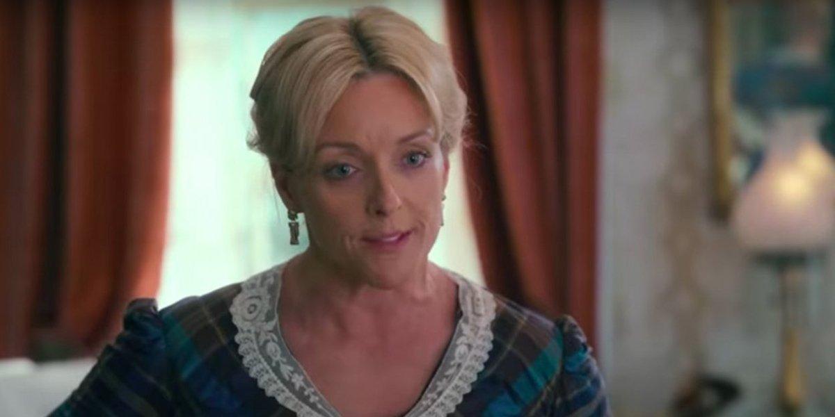 Jane Krakowski's Denial Of Romance With MyPillow CEO Is An A+