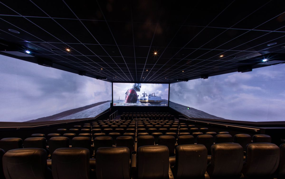 Cineworld opens UK's first three-wall movie screen