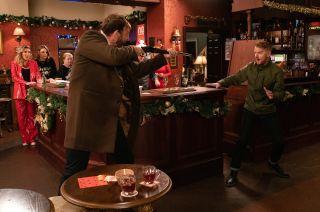 Coronation Street spoilers: Derek Milligan goes on a murderous rampage!