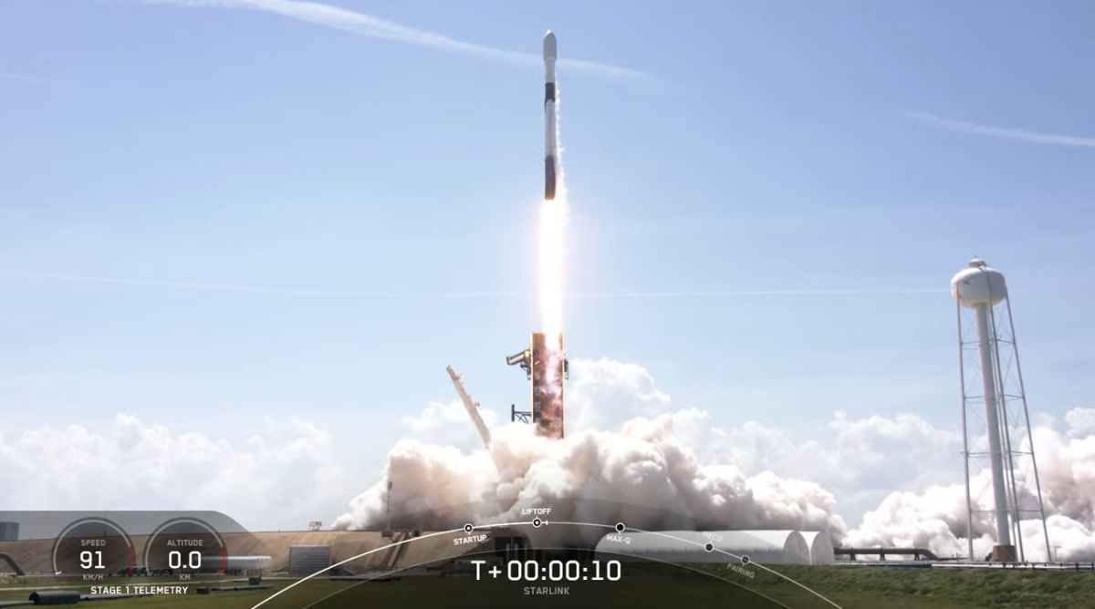 SpaceX's Star Wars Day launch puts 60 Starlink satellites in orbit, lands rocket
