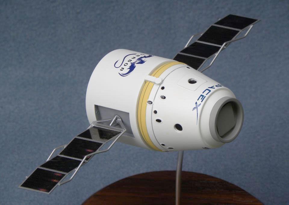 dragon spacecraft models - 960×683