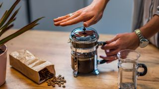 make French press coffee