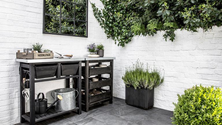 benefits of gardening: patio area potting bench