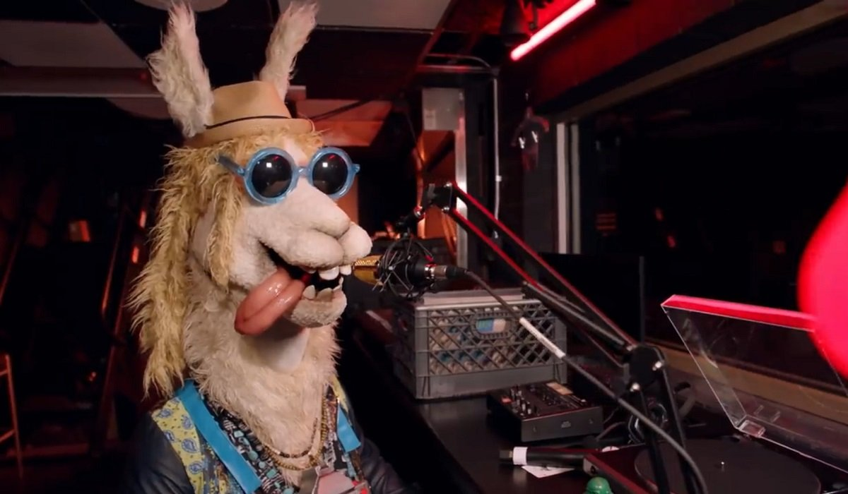 The Llama The Masked Singer Fox