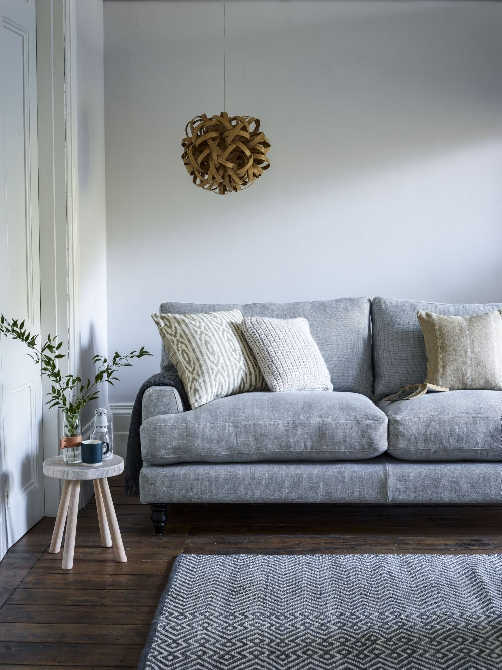 Sofa fabrics: 6 tips for choosing the best upholstery for ...