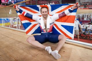 Jason Kenny (Great Britain) celebrates after winning the men's Keirin in the Tokyo Olympics