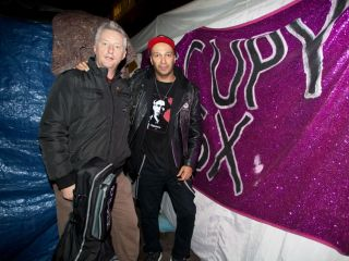 Tom Morello with Billy Bragg at the Occupy London camp at St. Pauls cathedral, November 2011