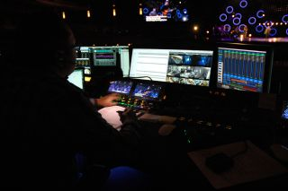 Willow Creek Community Church Expands Clear-Com Network