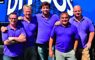 Nick Knowles and the team are joined by Laurence Llewelyn-Bowen