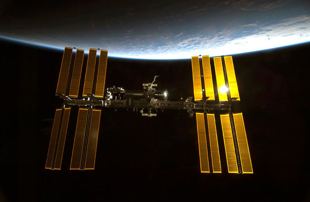 International Space Station: Facts, History & Tracking | Space