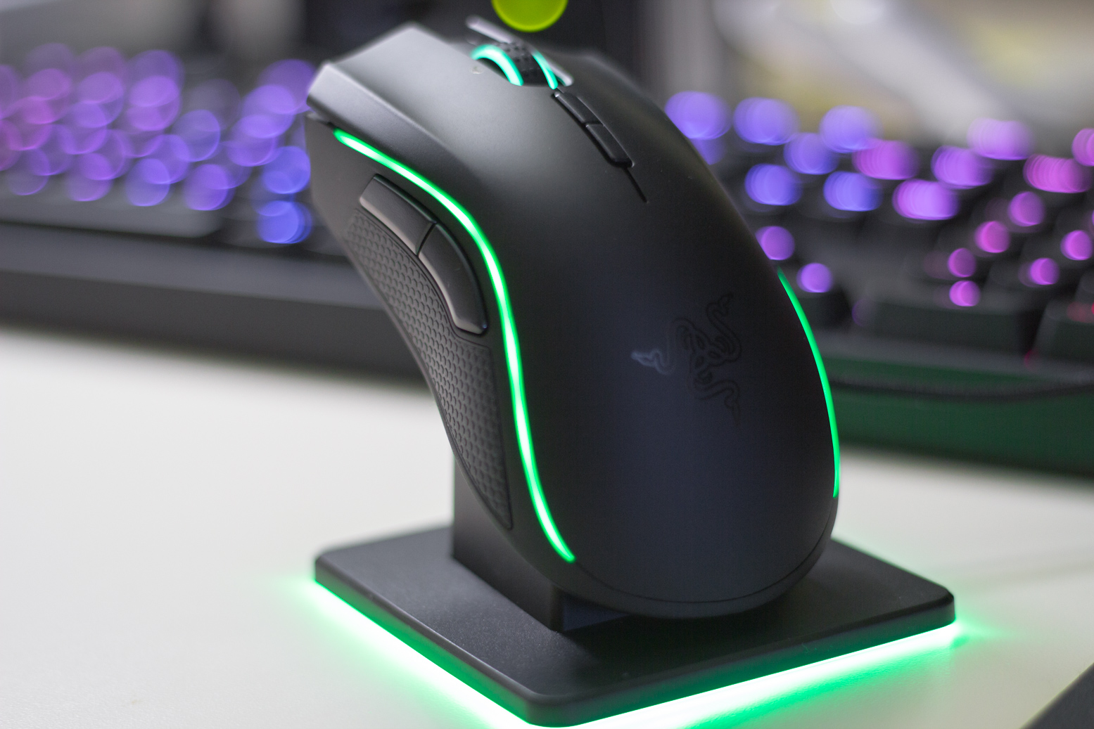 Razer Mamba Chroma Wireless Gaming Mouse Review | PC Gamer