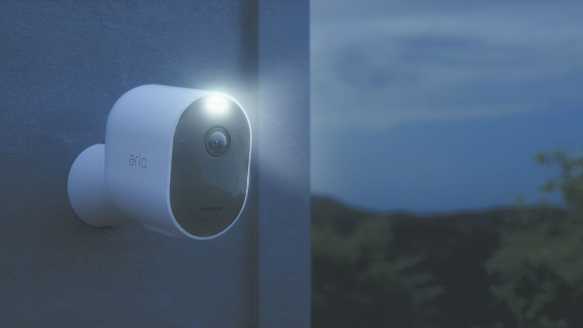 Arlo Pro 3 ups its security suite with a 2K resolution and vibrant night vision mode