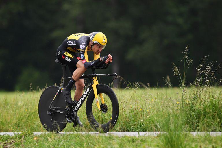 Tom Dumoulin riding stage one of the Tour de Suisse 2021