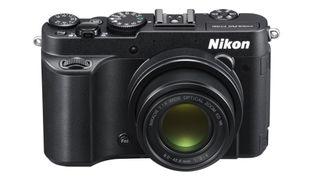 Nikon P770