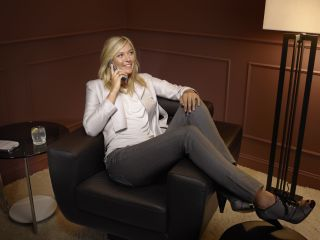 Maria Sharapova lounging languidly thanks to the T707