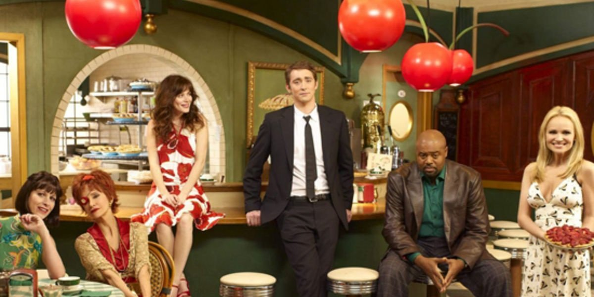 Lee Pace, Anna Frie, Kristin Chenoweth, Emerson Cody in Pushing Daisies