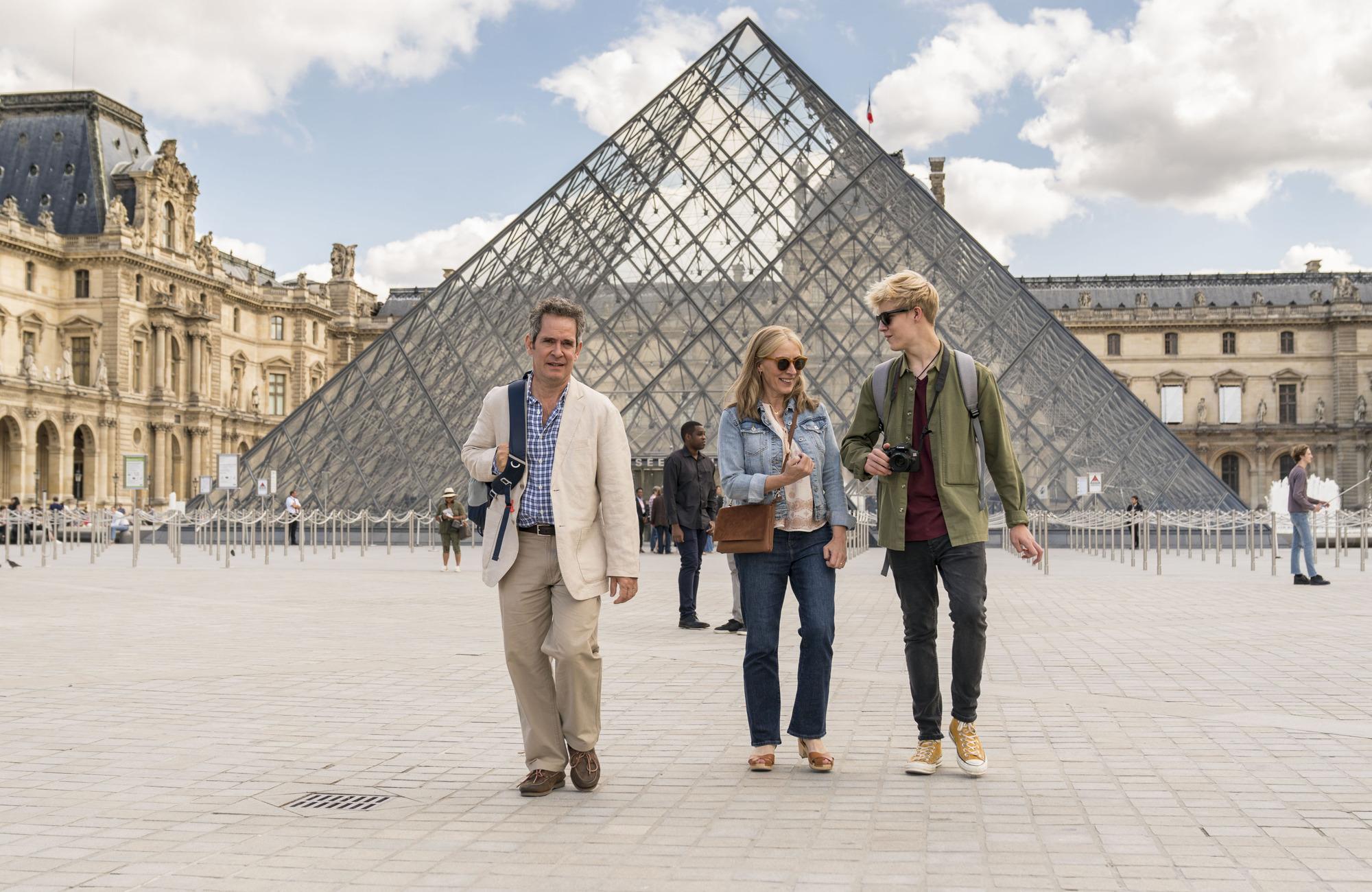 We BBC1 Tom Hollander en París