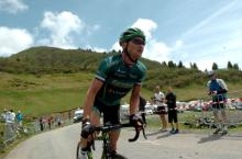Thomas Voeckler (Europcar) out of the saddle