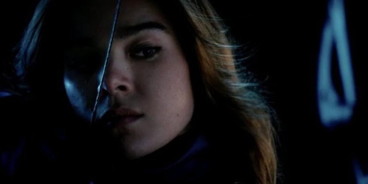 Hailee Steinfeld in Hawkeye