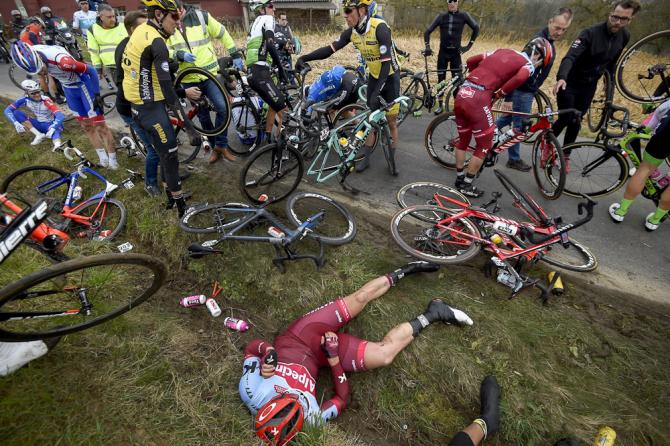A crash with 100km to go broke the field apart at E3 Harelbeke