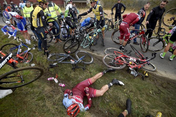 A crash with 100km to go broke the field apart at E3 Harelbeke