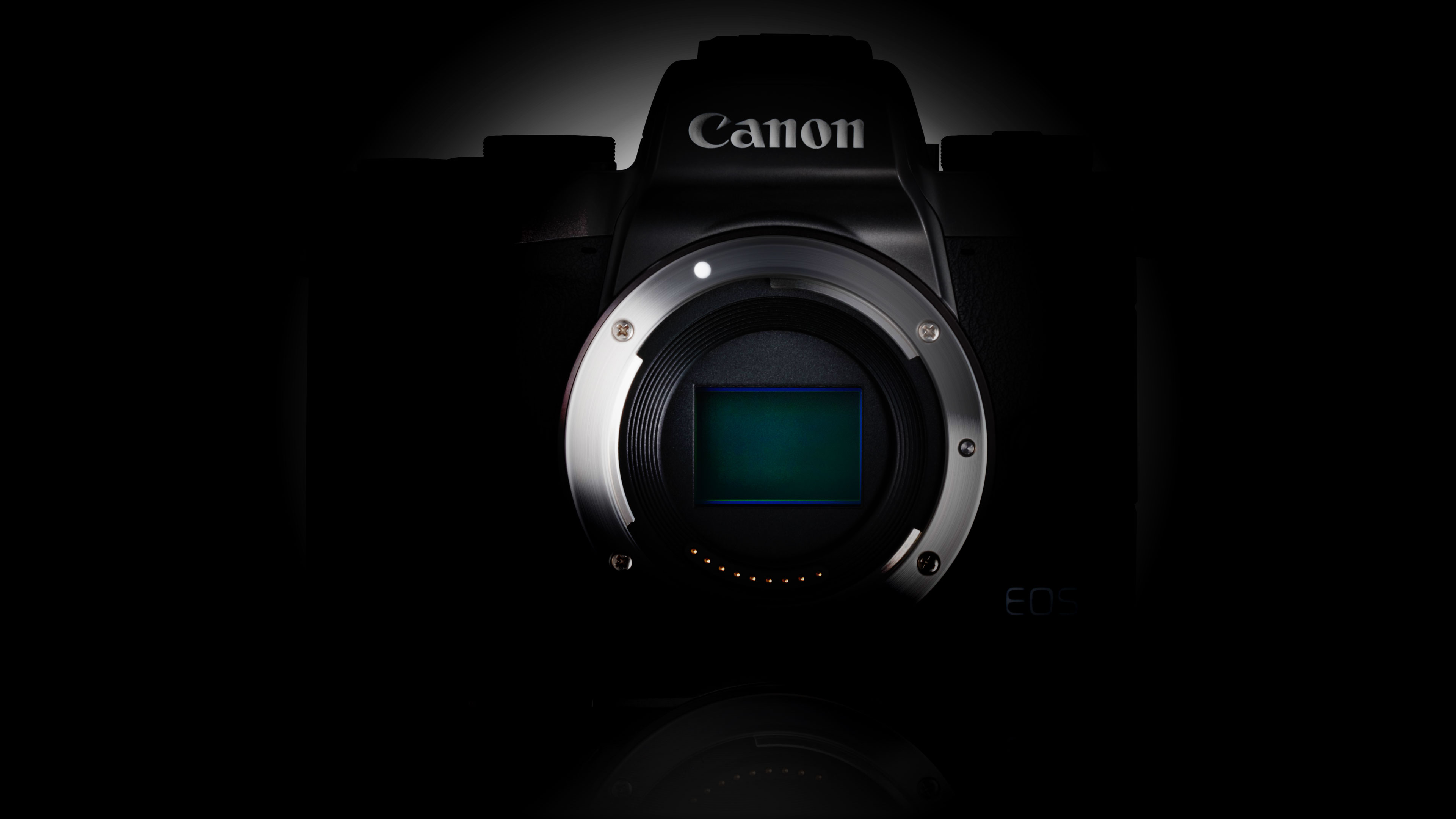 Rumors emerge of a new Canon APS-C mirrorless model as soon
