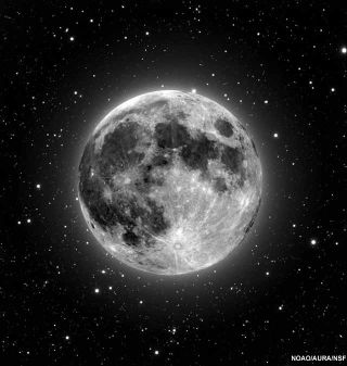 Biggest and Brightest Full Moon of 2010 Tonight