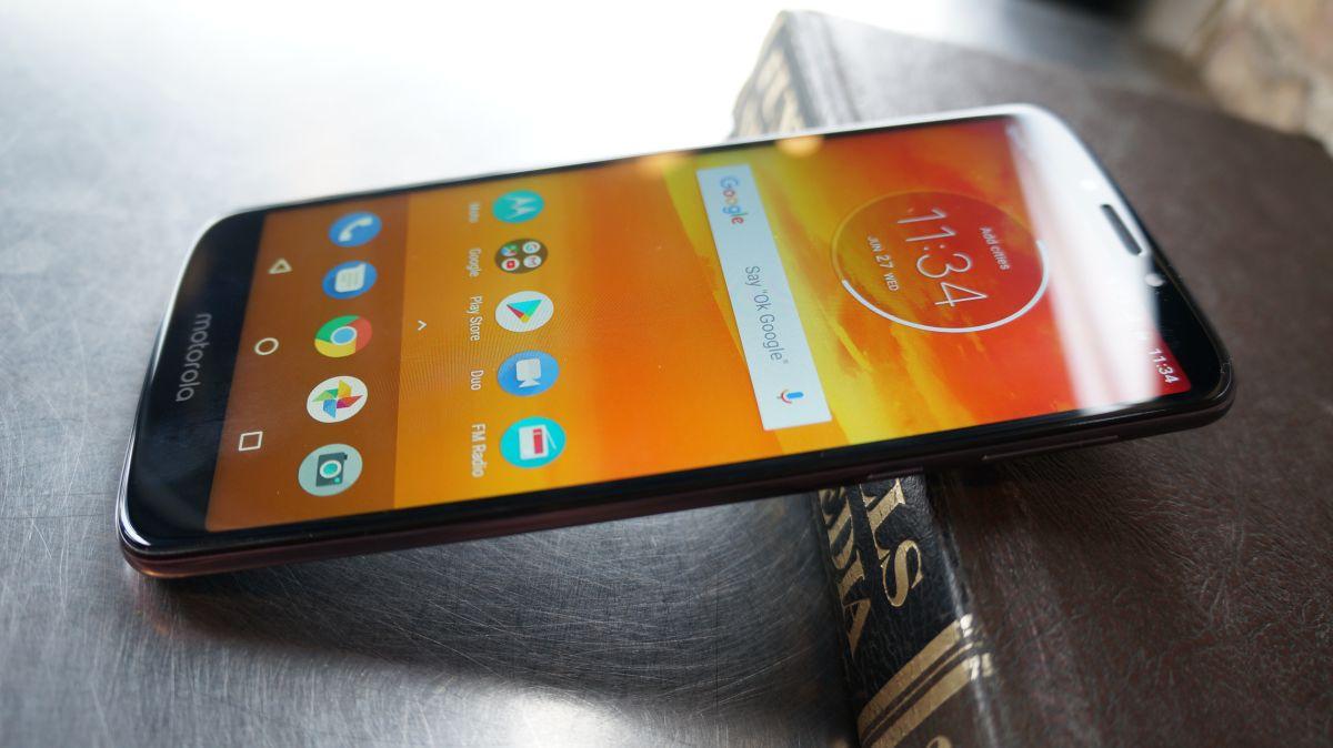 Camera Battery Life And Verdict Moto E5 Plus Review Techradar